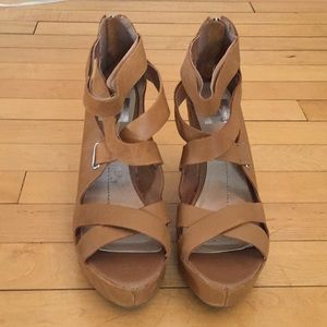 Dolce Vita leather strappy wedges size 8.5